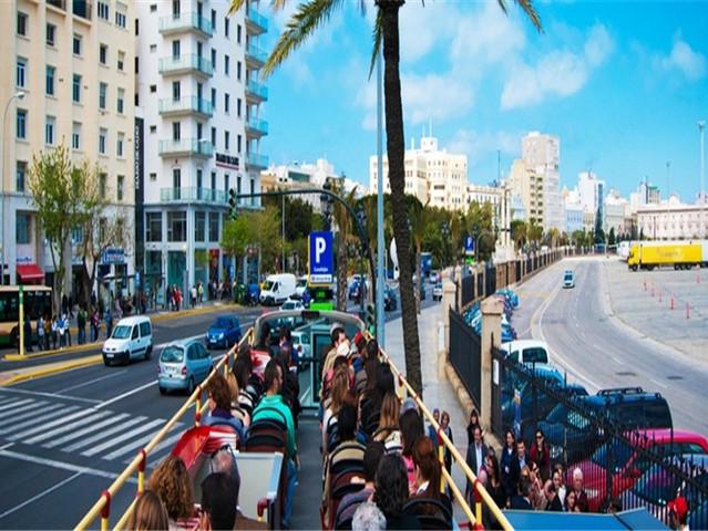 <西班牙 安达卢西亚 加的斯24小时随上随下巴士>