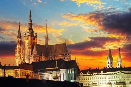 [五一]<东欧-奥匈捷斯+波兰11日游>欧洲全四星,全程含餐,布拉格城堡,多瑙河游船,渔人堡,维也纳,哈尔施塔特,CK小镇,购物村,WIFI
