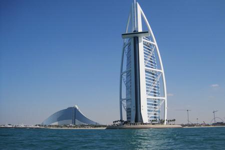 <迪拜+阿布扎比4天3晚休闲游>迪拜集散、1天自由活动、全程四星酒店、2人成团、天天发团(当地参团)