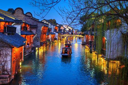 <乌镇东栅-京杭大运河1日游>纯玩无购物,漫步千年古镇,来过不曾离开过,含京杭大运河游船,享受慵懒的美好时光,主城区免费接