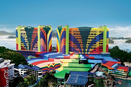 <新加坡+马来西亚+波德申6或7日游>郑州直飞,住1晚铂尔曼酒店1晚丽笙水上泳池别墅,圣淘沙鱼尾狮公园,云顶高原,双峰塔,DFS扫货
