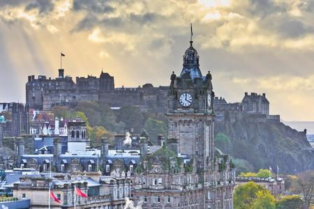 <苏格兰+天空岛+英格兰牛津线5晚6日游>伦敦集散/牛津/温莎城堡/洛蒙德湖/苏格兰高地