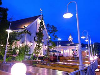 <泰国曼谷-芭提雅5晚6日游>特价,首选EK航班,升级一晚国际五星酒店,巧克力小镇,摩天轮夜市自由活动,76楼国际自助餐,国际人妖秀