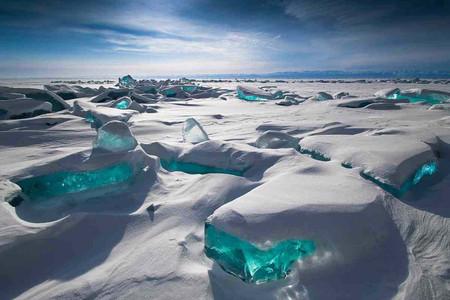 <贝加尔湖蓝冰之旅5天4晚游>蓝冰越野及利斯特维扬卡小镇冰钓,2人成团,简易个签(当地游)