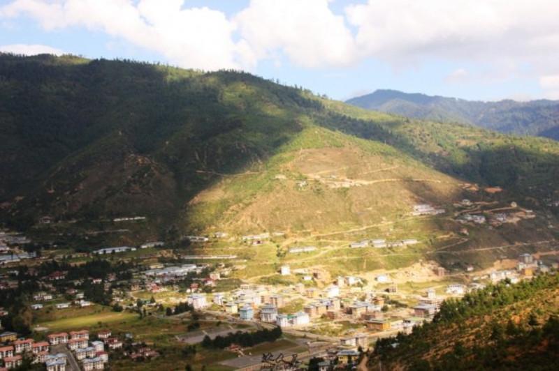 日照半山,不丹香格里拉一般的风景如画,越