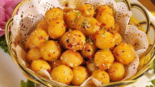 美食(高山炕土豆)