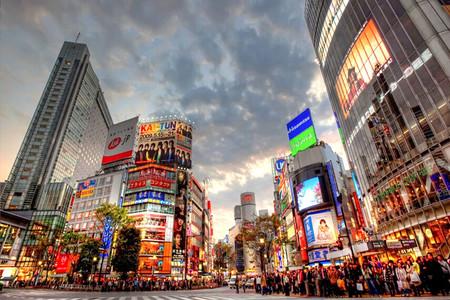 日本真实的经济总量_日本泡沫经济