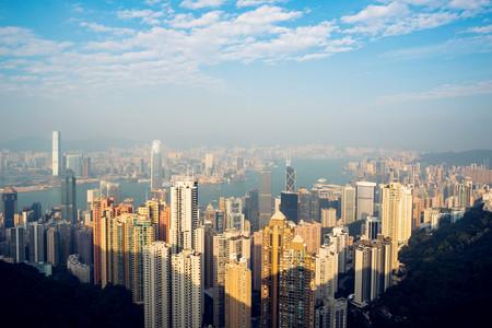 <香港1日游>金巴穿越港珠澳大桥,天星小轮游维港,港人餐厅用餐,太平山,浅水湾,珠海往返