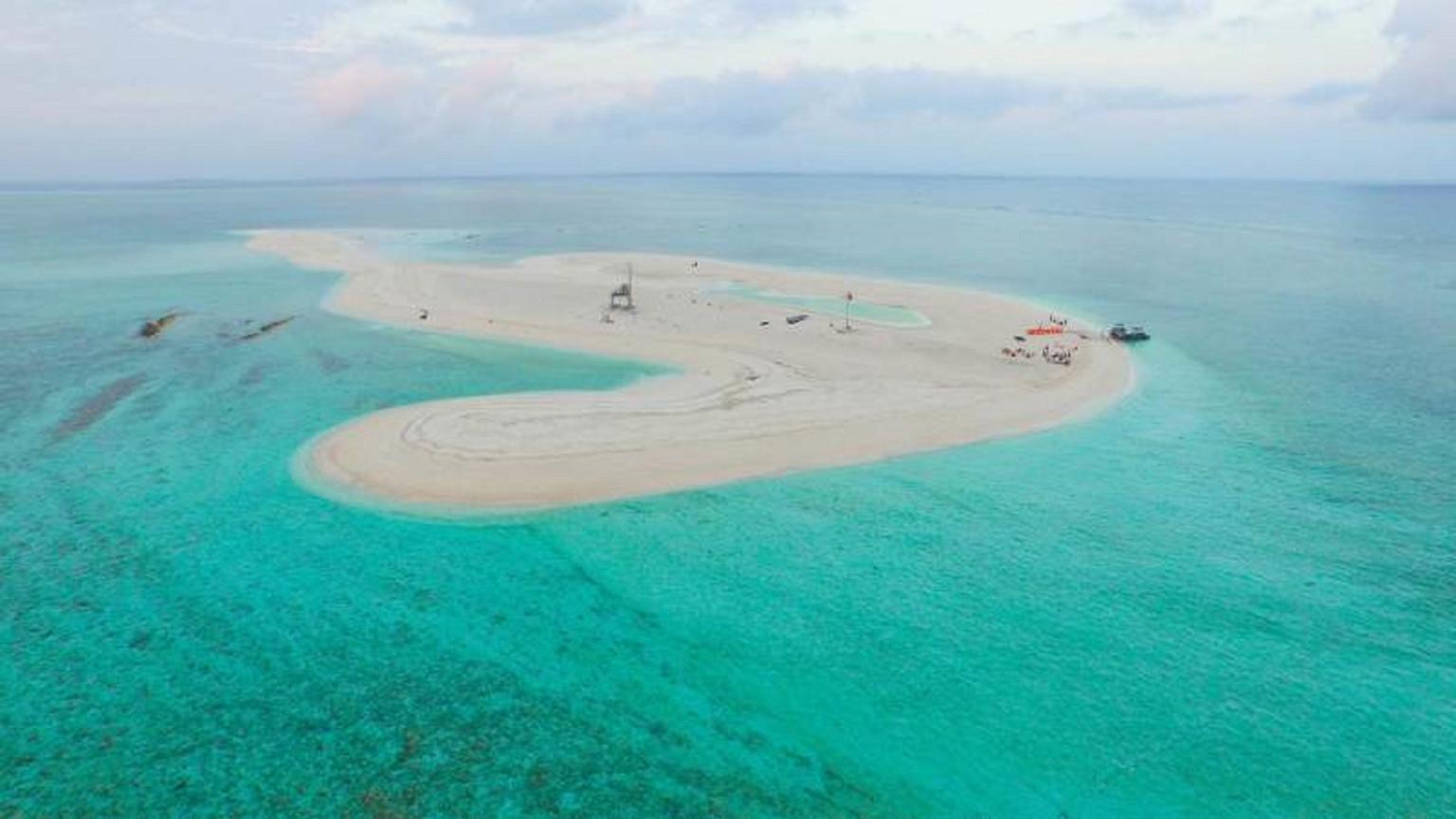 海南三亚西沙群岛4日游>北部湾之星,专属6人舱,阳光姐妹淘在西沙深夜