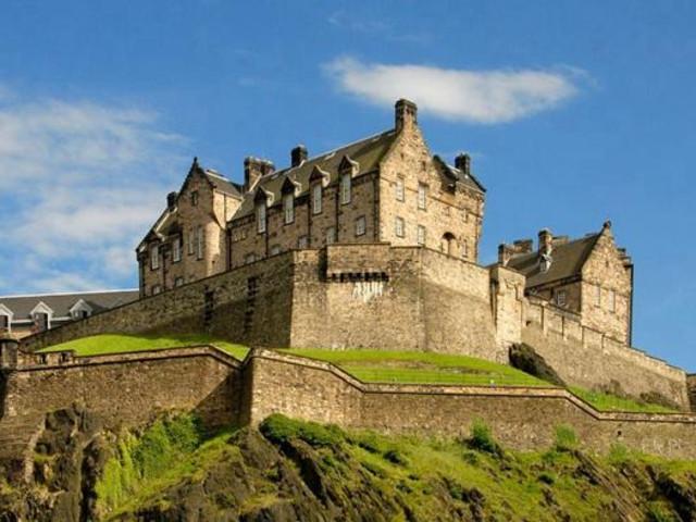 <英国 爱丁堡 一日游>(含爱丁堡城堡门票+随上随下观光巴士)