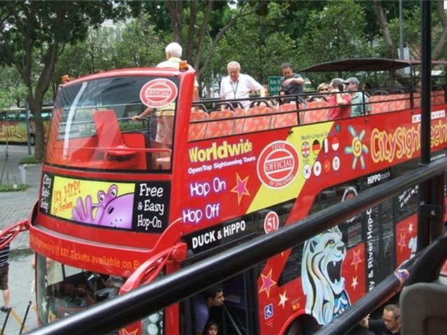<新加坡24小时随上随下敞篷观光巴士票 中文语音导览>