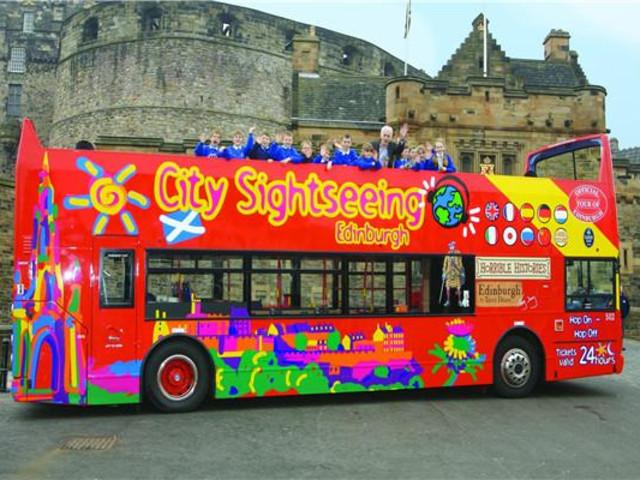 <苏格兰爱丁堡复古双层随上随下观光巴士24小时通票>(中文语音导览)
