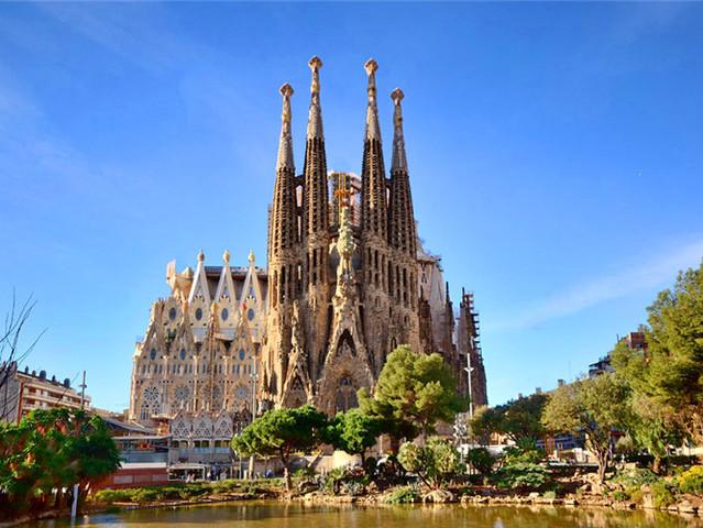<西班牙巴塞罗那圣家堂免排队门票>(含中文语音导览+登塔)