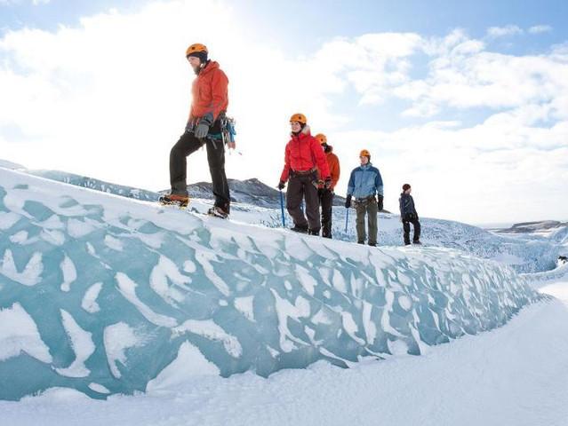 <冰岛南岸+瀑布+黑沙滩+冰川徒步一日游>(雷克雅未克往返)