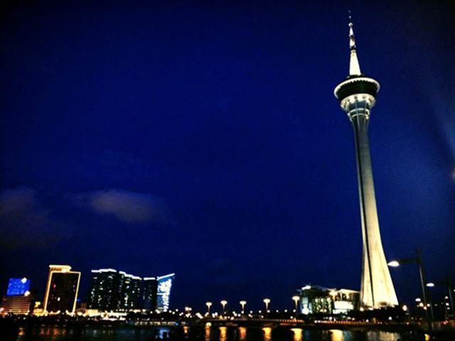 澳门旅游塔观光塔360°旋转餐厅自助餐