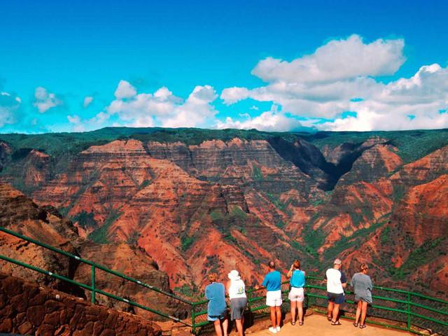 <夏威夷可爱岛(Kauai)威美亚峡谷,外鲁亚河及羊齿洞穴一日游>(可爱岛出发)