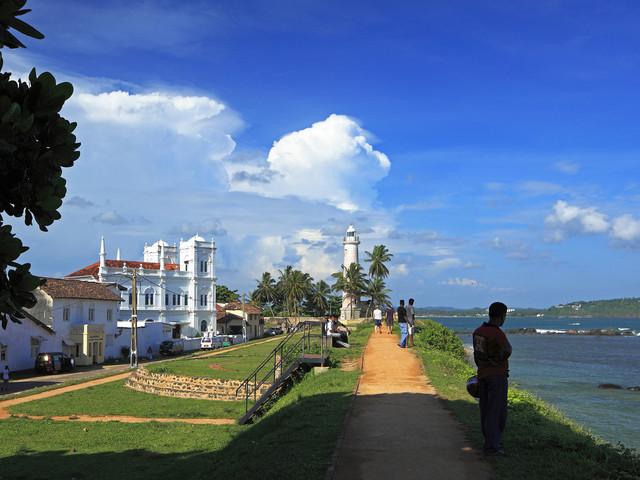 斯里兰卡加勒�9h(_以及采茶女成为了斯里兰卡新的人文标识,也是游客抵达加勒必看项目.