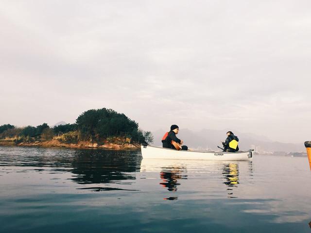 杭州千岛湖户外独木舟半日游>独木舟旅行体验,加拿大
