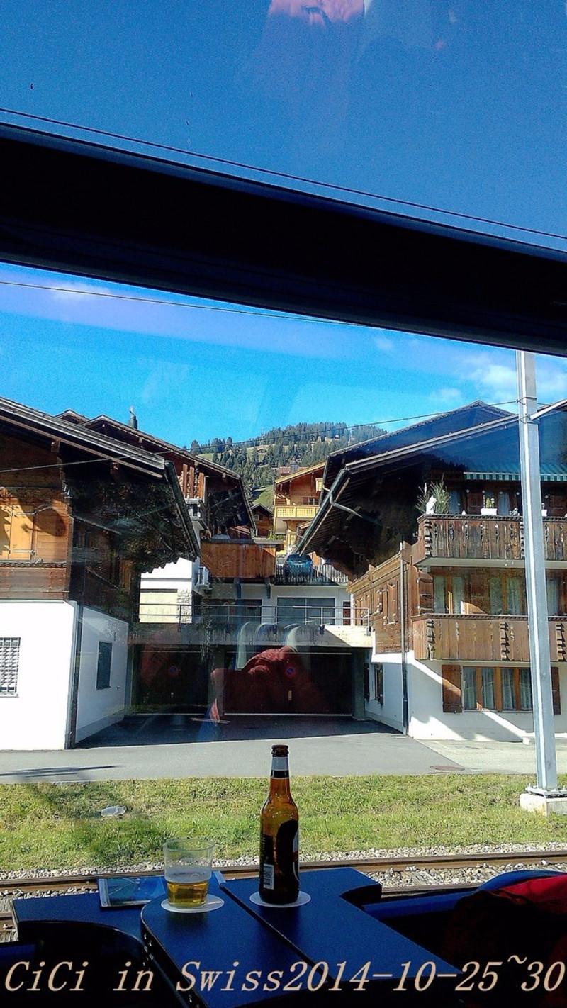 [途牛首发]黄金列车载我穿梭于瑞士的雪山,森林,湖泊_蒙特勒游记_途牛