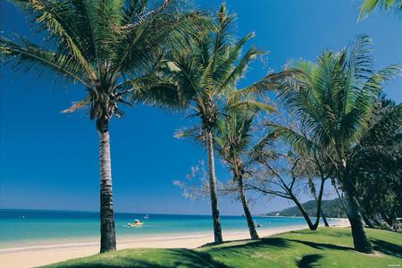 <澳大利亚凯恩斯3晚4日游>(阿金考特外堡礁,银梭号)门票全含(含游船自助海鲜午餐、澳洲雨林烧烤餐)含接送机,酒店可安排三人间(当地参团)