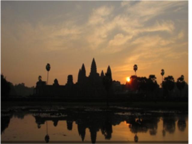 【探险之旅】<柬埔寨暹粒直升机鸟瞰吴哥>3人起订