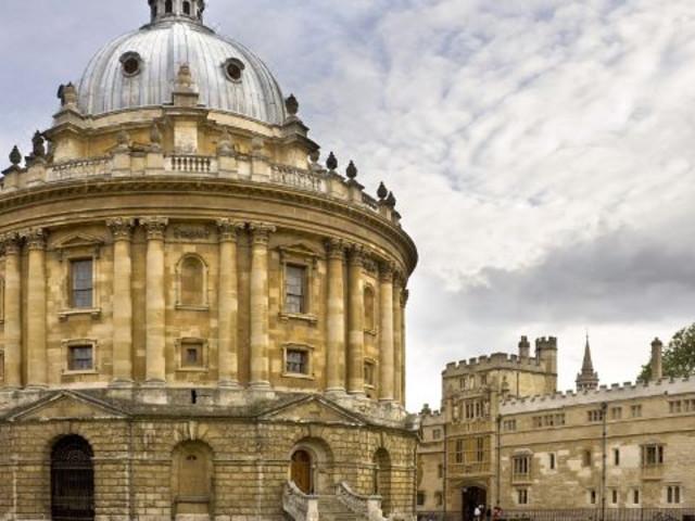 <英国伦敦温莎城堡+史前巨石阵+牛津城一日游>(门票已含免费Wi-Fi)