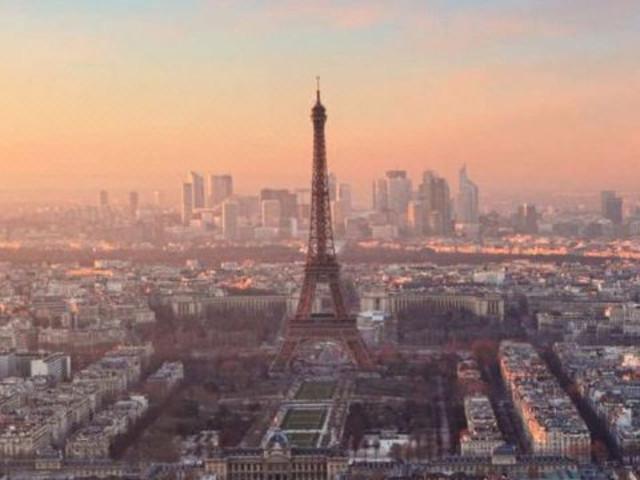 【欧洲之星】<法国巴黎随上随下观光巴士+地铁卡自由行>(伦敦往返)