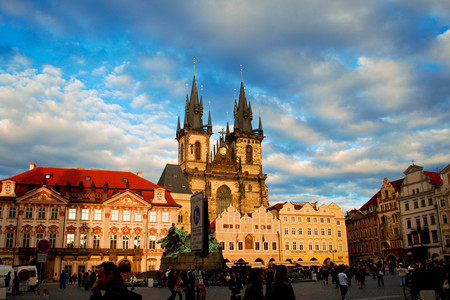 <欧洲-奥地利-匈牙利-波兰-捷克-斯洛伐克12日游>含全程服务费,东欧世遗古城,聆听维也纳,布拉格老城,部分升级纯玩不进店