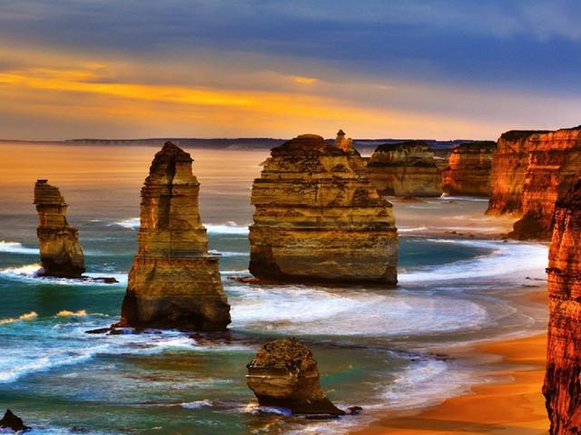 <澳大利亚悉尼+墨尔本4晚5天全航空游>往返城市任选/四星酒店/含澳洲境内机票/绝美双城(当地参团)