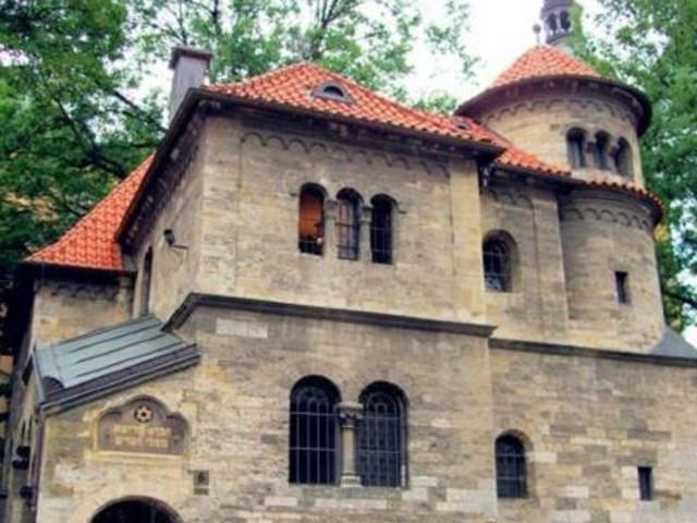 <布拉格犹太区半日游>(欧洲中部仅存的犹太人幸免区)