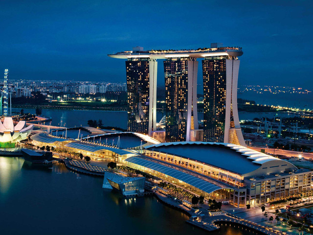新加坡2019年gdp_1995年新加坡50元图片