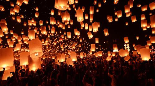 萬人孔明燈