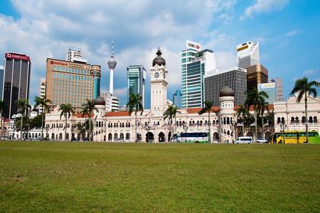 <马来西亚-吉隆坡-太子城-怡保-槟城-兰卡威6日游>4人成团私家小包团包车游含机场接送含当地飞机渡轮(当地参团)