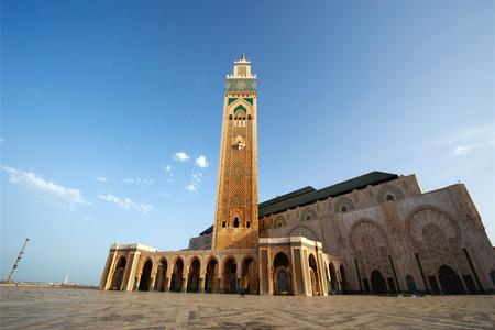 [國慶]<摩洛哥+突尼斯13日游>25人以內小團,全程四五星住宿,洞穴酒店,沙漠綠洲托澤爾,馬特馬塔,藍白小鎮,不眠廣場,伊夫圣洛朗私人花園