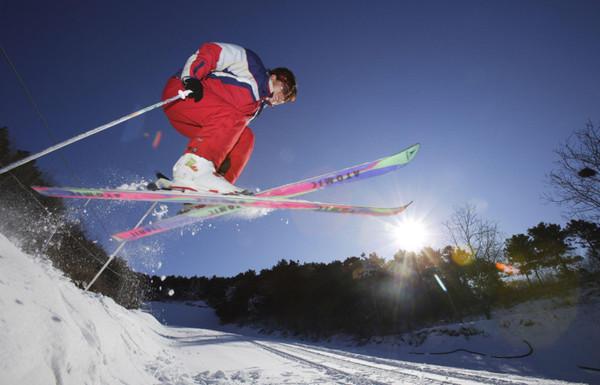 济南卧虎山滑雪场价格_济南卧虎山滑雪场攻略