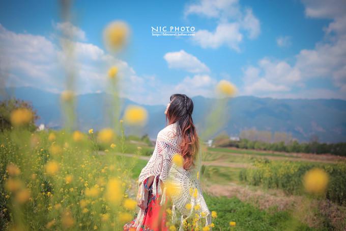 白族婚纱照_白族服饰