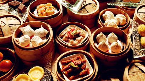 及城隍庙小吃街】(自由活动不少于1小时),上海著名的江南园林及古商街