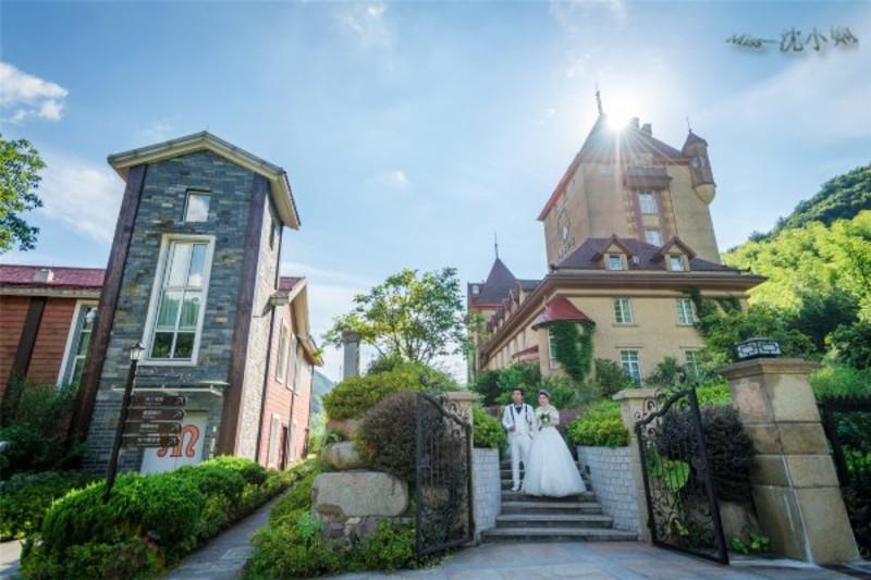 置身于骑士城堡,仿佛来到了欧洲小镇,很适合拍摄婚纱照图片