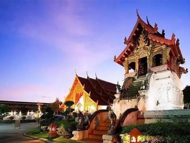"""游玩时长:约40分钟 芭提雅""""清迈小镇""""属泰国东方美景公司旗旅游产业"""