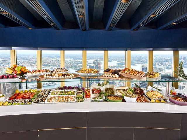 <悉尼塔旋转餐厅自助餐>(可俯瞰悉尼全景)