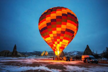 [五一]<土耳其12日游>广州出发/图兹盐湖/奥斯曼风格小镇/阿拉丁清真寺/圣索菲亚大教堂/网红彩虹阶梯/伊斯坦布尔自由活动/可升级热气球