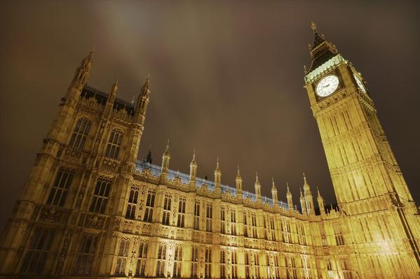 英国可以落地签吗_英国旅游流程材料时间_英
