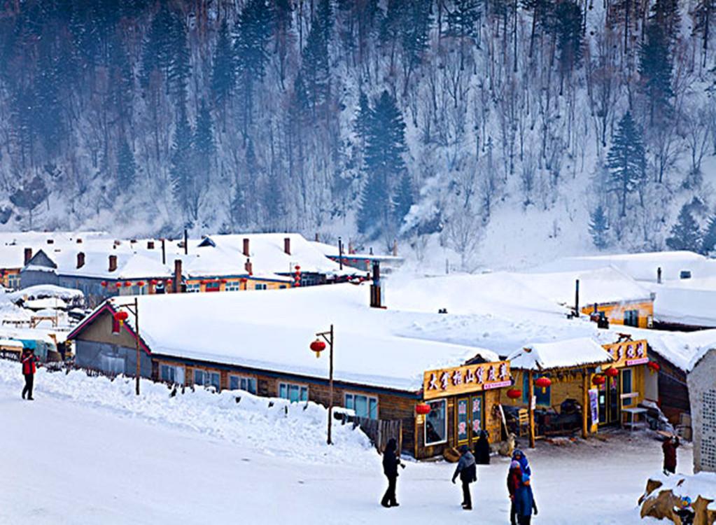 哈尔滨-雪乡-冰雪大世界双高5日游>冰雪嘉年华双园狂欢,雪乡炕标