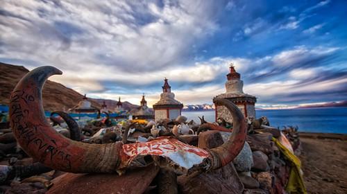 西藏拉萨-林芝大峡谷-羊卓雍措双飞8日游
