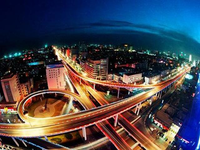 呼和浩特年经济总量_2020年呼和浩特规划图