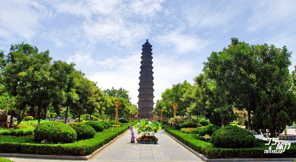 的老人,见证着千年古城的兴衰与 华夏民族之文化,历数千载之演进