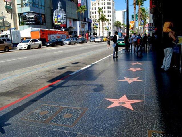 <比佛利山庄+罗迪欧大道+圣莫妮卡+日落大道,洛杉矶包车一日游>