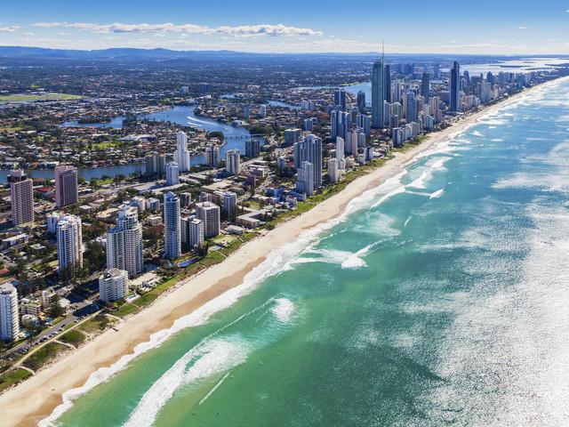 <澳大利亚黄金海岸希尔顿冲浪者天堂公寓3晚>生活舒适,近市中心海滩边,搭配乐园门票