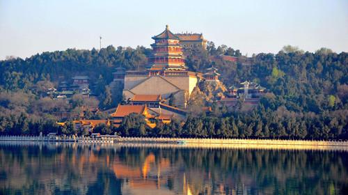 德国军费超500亿 章泽天晒女儿礼物 北京+故宫+八达岭双飞5日游