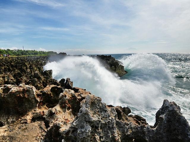 巴厘岛-新加坡5晚7日游>vip精致游 浪漫蜜月湾 含阿勇河漂流 海景spa
